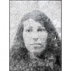 Giornate 2, portrait en photographie argentique sur mosaïque de smalte blanc