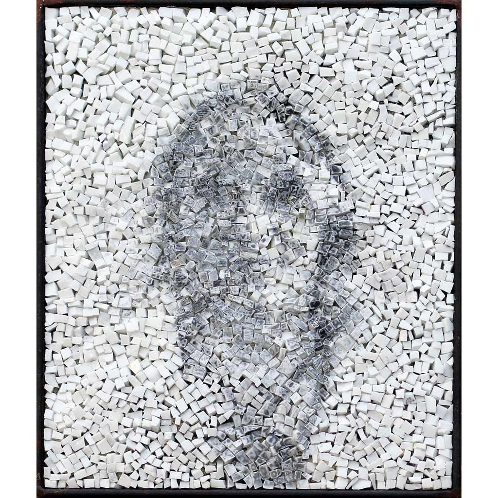 Spectre 4, portrait photographique anonyme en noir et blanc sur mosaïque contemporaine par Clément Mitéran