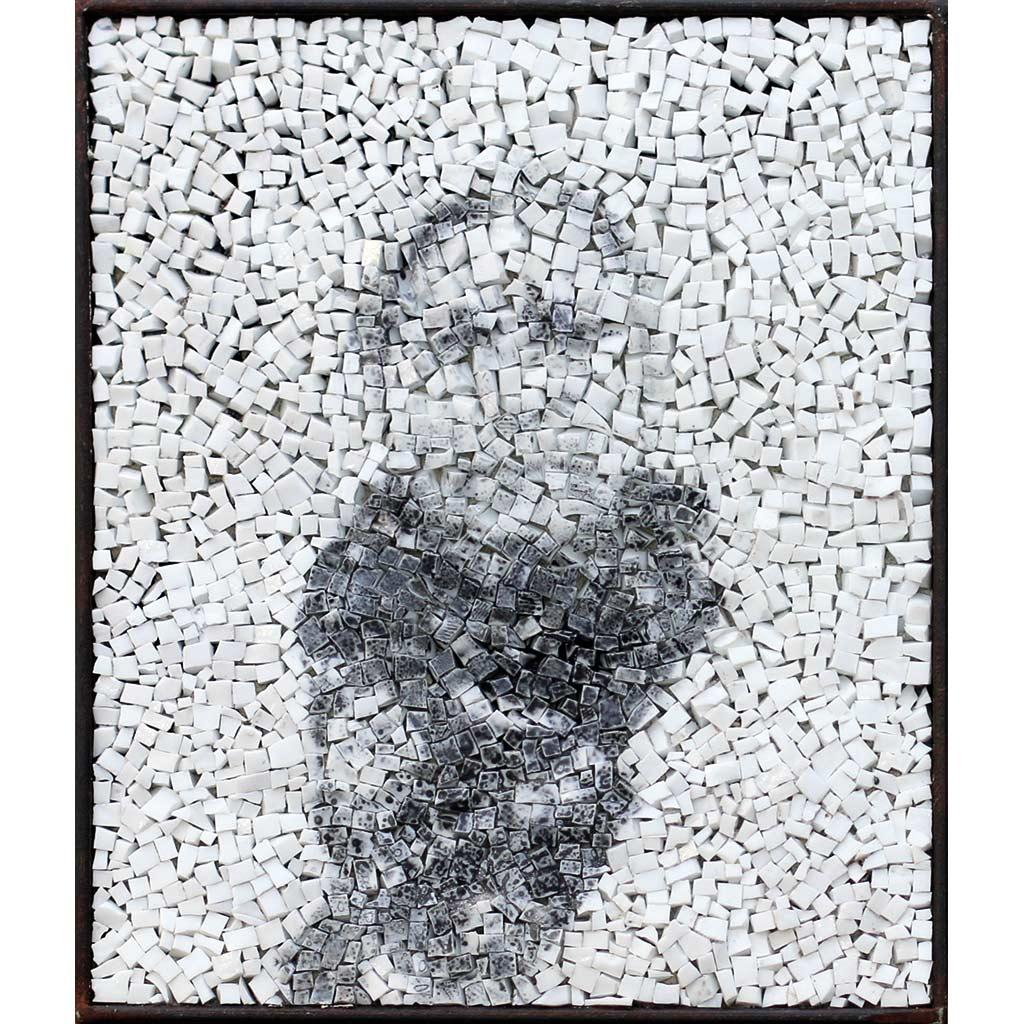 Spectre 5, portrait photographique anonyme en noir et blanc sur mosaïque par Clément Mitéran