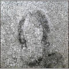 Simulacrum 5, portrait en photographie argentique sur or blanc, oeuvre de Clément Mitéran